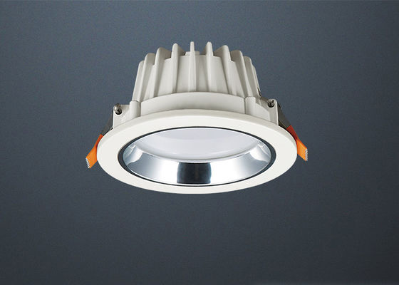 China Innen- winkliges vertieftes geführtes Downlight führte Wohn-Downlights mit SMD-Art usine